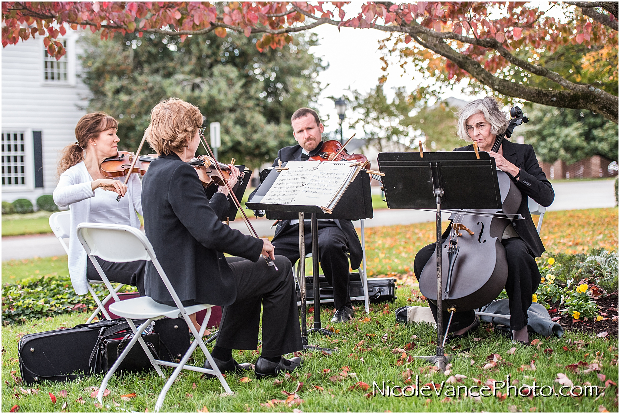 Lyric String Quartet perform the ceremony music at Virginia Crossings.