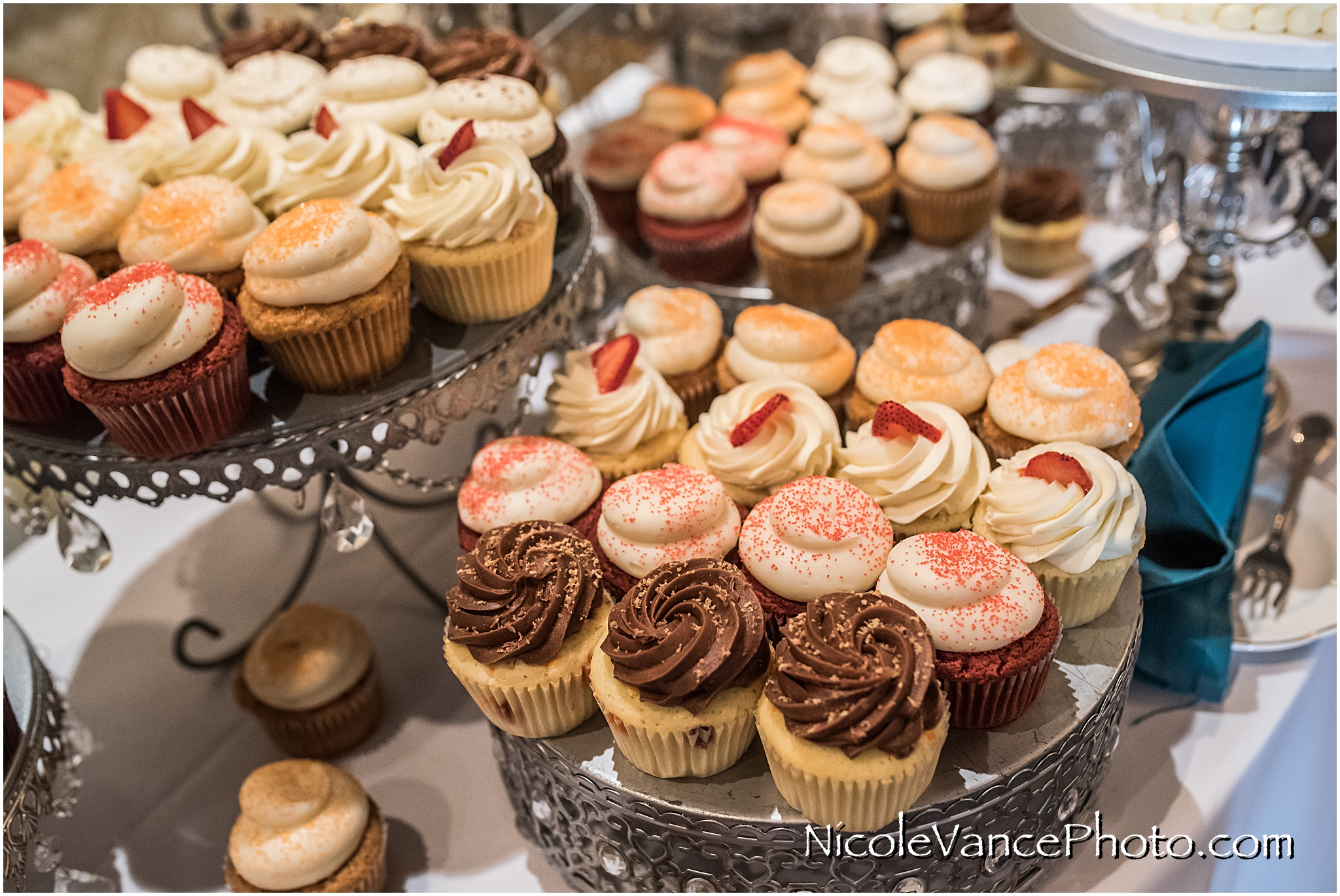 Cupcakes by Pearl's taste amazing!